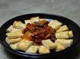 반찬되고 안주되는 두부김치(돼지고기 김치볶음)